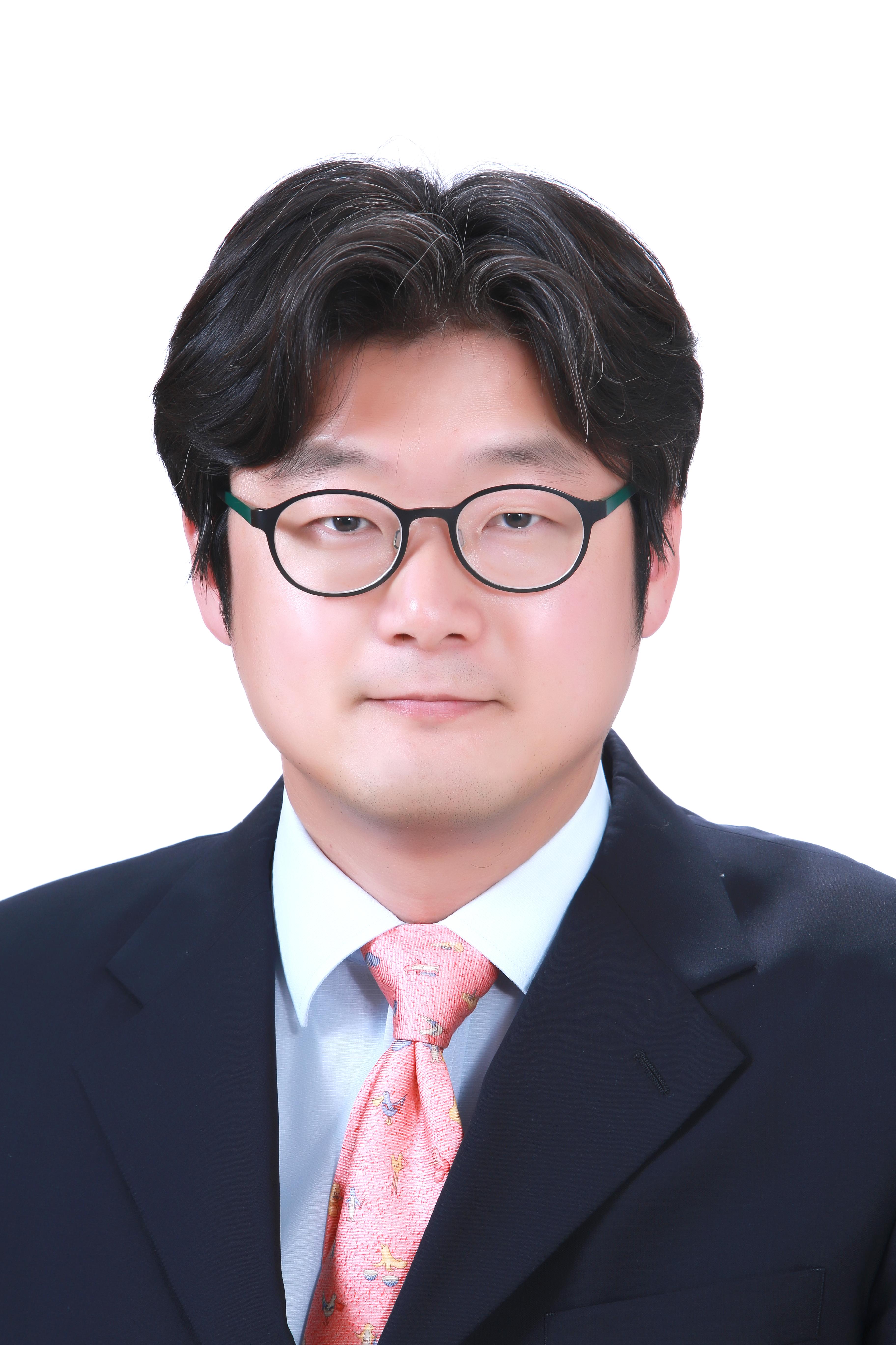 이민재 Lee, Min Jae사진